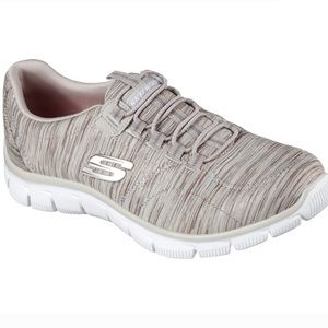 Worn only once - Skechers Relaxed Fit Empire 12414